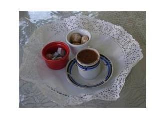 """""""Bir fincan kahvenin kırk yıl hatırı vardır"""" derler, ya """"böylesi""""nin?"""