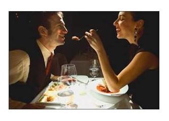 Romantik bir akşam düşlemek!
