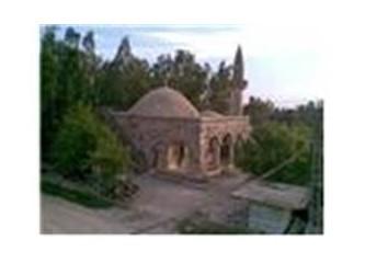 Sökün köyü'nün boynu bükük tarihi camisi-3