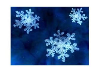 İstanbul'da kar var.