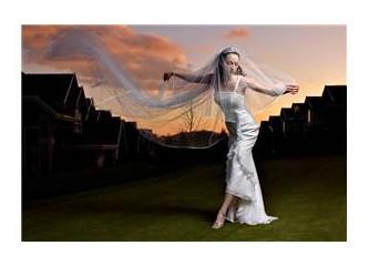 Aşk evliliği mi, mantık evliliği mi nedir? Orta şekerli olsun benimki :))