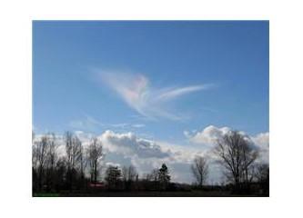 Kanadı kırık bulut