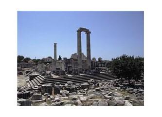 Didim'deki Apollon Tapınağı tarihin kimlik kartı gibi karşımızda