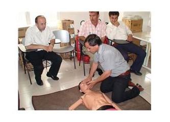 Mersin Orman Bölge Müdürlüğü'nde arazöz şoförlerine ilk yardım eğitimi verildi.