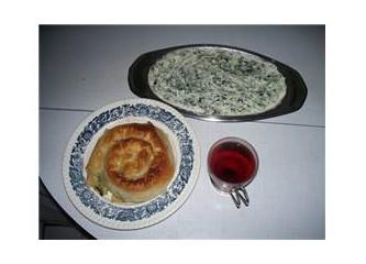 Kol böreği ve yoğurtlu...