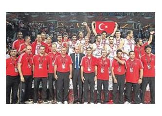 """12 Dev Adam, """"Türk gibi..."""