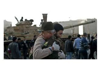 Mısır göstericilerinde disiplin