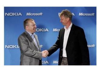 Nokia ve Microsoft anlaştı, peki Blackberry sessiz mi kalacak…?