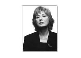"""Ayşe Kulin'e """"Veda"""" romanıyla veda ettim..."""