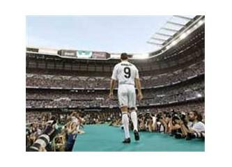 Ronaldo'nun imza töreni