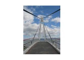 Göztepe köprüsünde kutlama