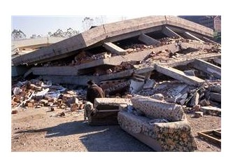 17 Ağustos 1999 depremine dair küçük şeyler ..
