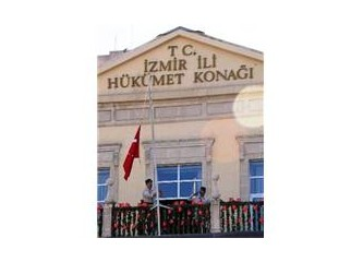 """İzmir'e """"Kurtuluş Anıtı"""" Yakışır"""