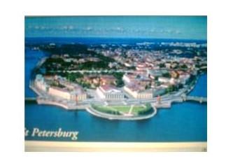 St.Petersburg Kenti ve Beyaz Geceler