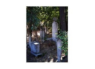 Ayrılık Çeşmesi Mezarlığı mı, yoksa Arap mezarlığımı?