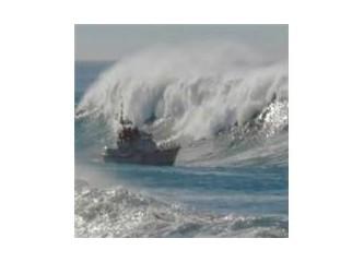 Dümeni kırılan gemiler