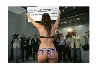 Porno dışı çıplak eylemler (VİDEO İZLE!)