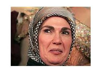 Bayan Erdoğan ağlıyor..