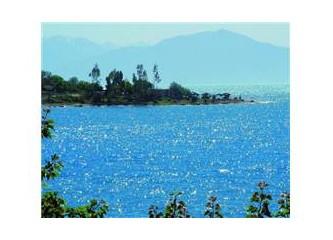 Van'ın denizi göl, gölü deniz!