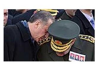 Erdoğan'la Büyükanıt'ın Dolmabahçe görüşmesi bir anlaşma mıdır, yoksa bir restleşme midir?