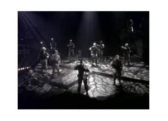 Ölüleri Gömün - İstanbul Devlet Tiyatrosu