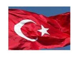 İstiklal marşı okunurken, her Türk evladı saygı göstermeli!