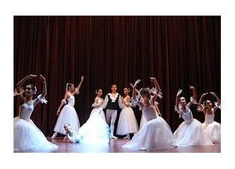 İlköğretim , Müzik ve Bale Ana Sanat Dalı Öğrencilerinden Yılsonu Gösterisi...