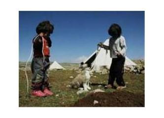 Çocukların; dini, dili, ırkı yoktur! Onların dili sevgi, dini sevgi, ırkı sevgidir.