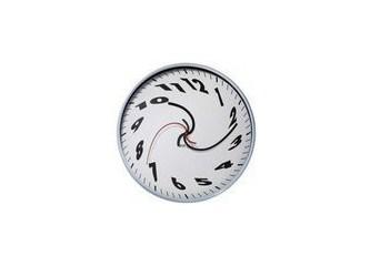 Bozuk saat bile günde 2 kere doğru zamanı gösterir demeyin sakın! Zira, bu iddia kökten yanlıştır