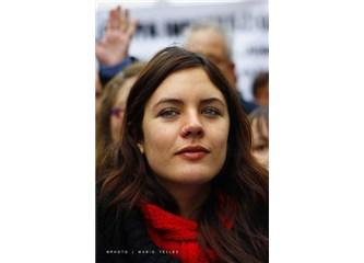 Bolivar'ın ve Che'nin güzel kızı Camila Vallejo, iyi ki varsın!