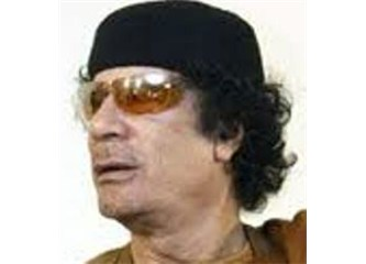 Kaddafi'yi katlettik Libya'ya demokrasi getirdik.