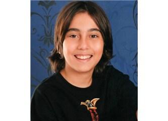 Dünyanın en genç romancısı Eren Demir, iyi ki varsın!