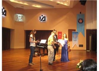 Her yıl Türkiye'de verilen konser sayısı artıyor.