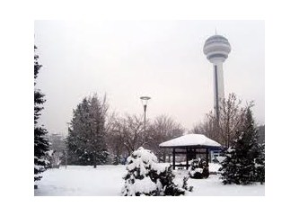 Başkentte karlı bir Pazar günü