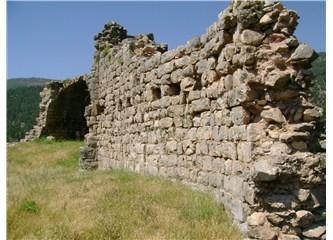 Aladağ'ın kuytu köşesinde kalmış tarih notları