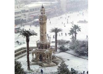 İzmir'e Kar yağdı