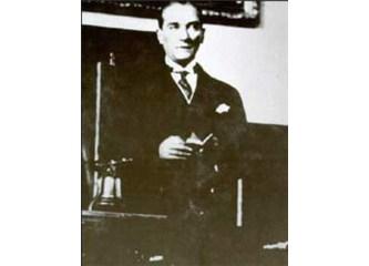 Atatürk'ün Gençliğe Hitabesi ayet midir?!