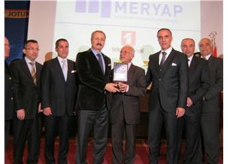 Mersin Hilton-Sa 'da yapılan Meryap'ın 'Kentsel Dönüşüm' Toplantısı görkemli geçti.