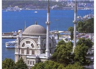 Taksim'de Cuma hayallerde