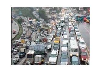 Trafiğe bir çözüm de benden; Ramazan'da köprü geçisi 200 lira, toplu taşıma bedava olsun.
