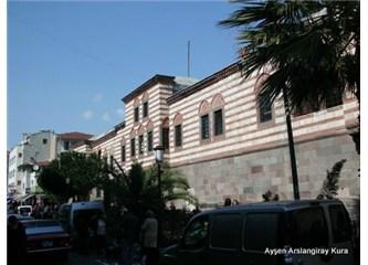 İzmir'in gönüllerde yaşayan tarih abidesi; Kızlarağası Hanı