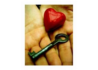 Aşk nefsi müdafaadır