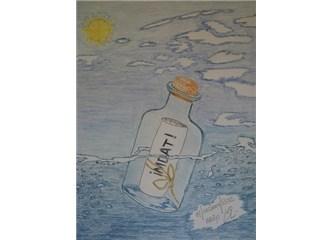 Suda yüzen şişe