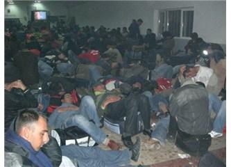 Fotoğrafa iyi bakın, kendi yurdunda mülteci...