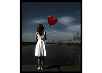 Senden geriye kalan aşk kırıntıları..
