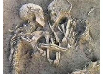 Gençliğimsin - arkeolojik dilde buluntu -