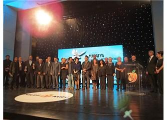 """3. Malatya film festivali: Kristal kayısılar """"Tepenin Ardı""""nda toplandı"""