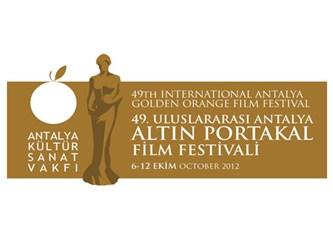 Sinema Yazarı Taşçıyan Altın Portakal'ı bombaladı: Altın Portakal'ı film festivali mi sanıyorsunuz?
