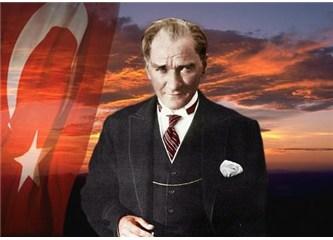 Zaman Atatürk'ü eleştirme  zamanı değildir