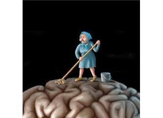 İtinayla beyin yıkanır